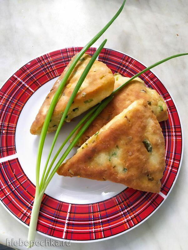 Лепёшка с зеленым луком на кефире