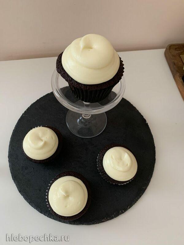 Шоколадные капкейки на гиннесе (по рецепту Найджелы Лоусон Chocolate Guinness Cake)