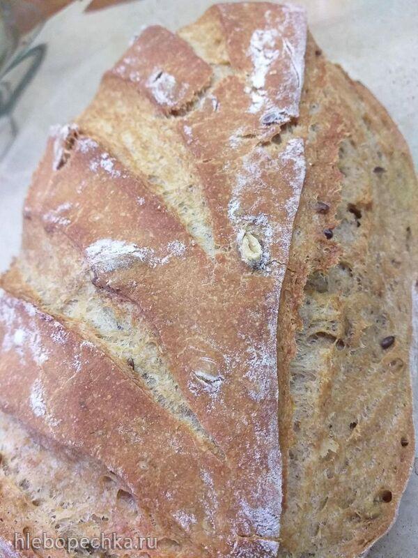 Хлеб на жидких дрожжах с гречневой мукой и хлопьями
