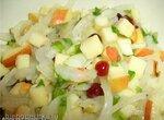 Салат из белого лука с яблоком