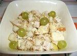 Салат с маринованным сыром сулугуни