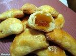 Пирожки творожные с мармеладом
