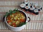 Суп из соевой спаржи с ламинарией и кукурузой
