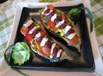 Баклажаны, фаршированные овощами, с соевым сыром тофу