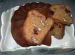 Кекс имбирно-клюквенный с орехами
