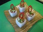 Порционный салат в дайконе
