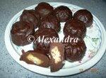 Конфеты шоколадные обливные с начинкой трюфельной Молочный улун и сыром горгонзола
