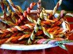 Печенье Разноцветные шнурки к пиву.