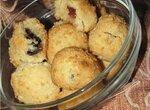 Печенье Кокосовые шарики с изюмом и черносливом