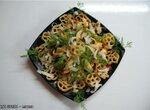 Макаронные цветочки с овощами в мультиварке Brand 37501