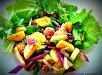 Салат с бананами и морскими гадами