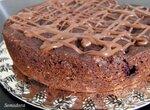Шоколадно-миндальный пирог с вишней (Panasonic SR-TMH18)