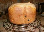 Белый хлеб с изюмом и грецким орехом