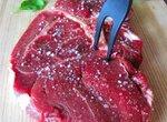 Steak rare (стейк) из кинофильма «Вкус жизни»