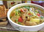 Суп с белыми грибами, пекинской капустой и свежими огурцами