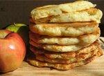 Финские творожно-сырные лепешки с яблоками