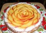 Тирольский пирог с заварным кремом и фруктами