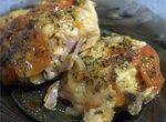 Бёдрышки куриные с помидорами и луком (в мультиварке Oursson 5005)