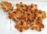 Булочки десертные  с кольцами консервированного ананаса (духовка)