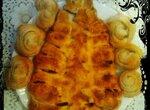 Слоеный пирог Елочка с яблоками