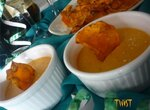 Крем с пармезаном и морковными чипсами