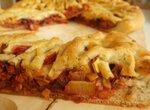 Пирог со свеклой и луком-пореем