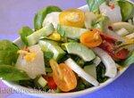 Салат с авокадо, фенхелем и репой