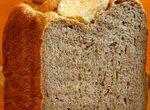Хлеб из цельнозерновой и ржаной муки с картофелем, луком и укропом