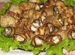 Рулетики из баклажанов с грибами в блинной панировке