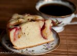 Пирог со сливами в скороварке Бранд 6051