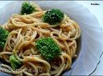 Очень  легкая лапша с арахисовым маслом и брокколи (Stupidly Easy Peanut Noodles)