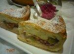 Пирог с инжиром и виноградом