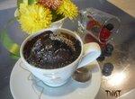 Пирожное Горячий шоколад с вишней  и черной смородиной