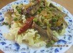 Макароны с овощным соусом
