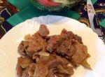 Свинина с луком и яблоками в Jamie Oliver HomeCooker (Philips HR1050/90)