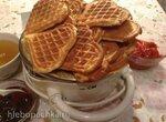 Немецкий десерт: Дрожжевые вафли с джемом