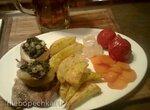 Свиные котлеты с фаршироваными яблоками (Kotelett mit gefuelltem Apfel)