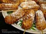 Сладкие палочки-оладушки из кефирного теста с мармеладом  (сосисочница Smile 3633)