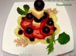 Карпаччо из клубники, винограда и киви с сырной башенкой