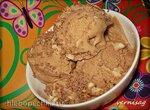Шоколадно-арахисовое мороженое