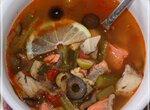 Традиционная рыбная солянка