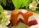 Баваруа из абрикосов, сливок и клубники