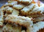 Сахарное печенье из сметанного теста с ароматом лаванды