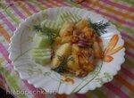 Картофель тушеный под соусом из красного лука и тыквы
