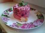 Розовый винегрет с крабовыми палочками