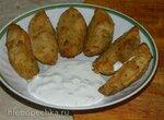 Картофель по-деревенски со сметанным соусом
