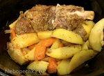 Ребра говяжьи мясные и печеная картошка в медленноварке Russel Hobbs (3,5л)