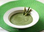 Суп из спаржи со шпинатом и кокосовым молоком