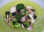 Салат из птицы и брокколи