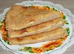 Пирог цельнозерновой ,с творогом,сыром и зеленью